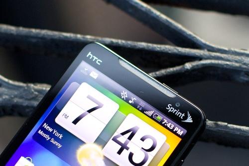EVO 4G lider i revolucionit mobil Android