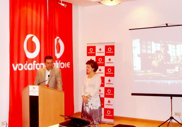 Vodafone Albania hap dyert për studentët më të talentuar shqiptarë
