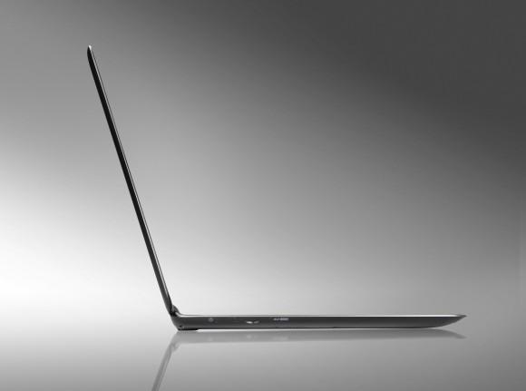 Acer lëshon ultrabookun më të hollë në botë