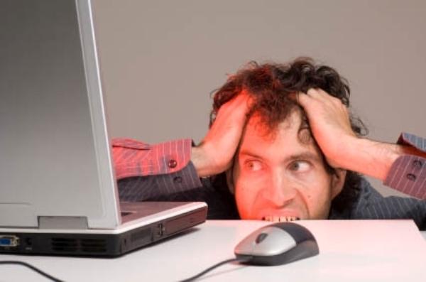 Emailët mashtrues për mbylljen e llogarisë së Facebook janë viruse