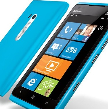 Nokia Lumia 900 si alternativë ndaj çekanit