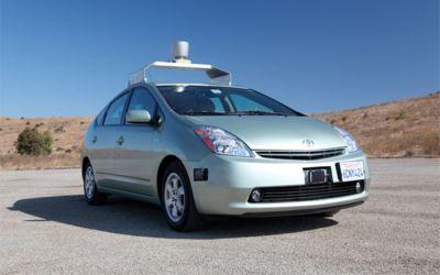 Google merr licencën për automjetin e saj pa ngasës