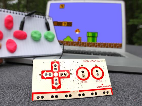 Ktheni çdo objekt në një touchpad me shpikjen e re MaKey Makey