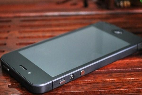 Tashmë në shitje iPhone 5, jo por kloni i tij