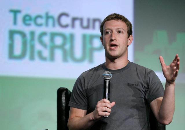 Zuckerberg: Facebook-u shpërdoroi 2 vjet duke vënë bast në HTML5