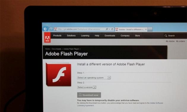Microsoft arnon vrimat e Flashit në Windows 8