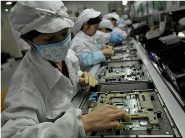 Foxconn mohon të ketë pasur grevë në fabrikë