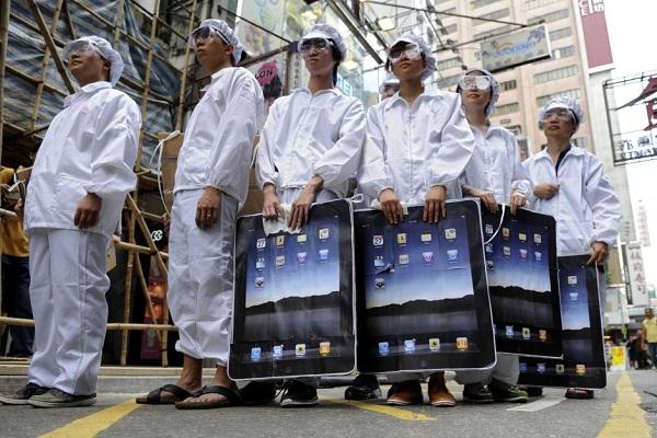 Shtyhet prodhimi i iPhone 5, punëtorët e Foxconn në grevë