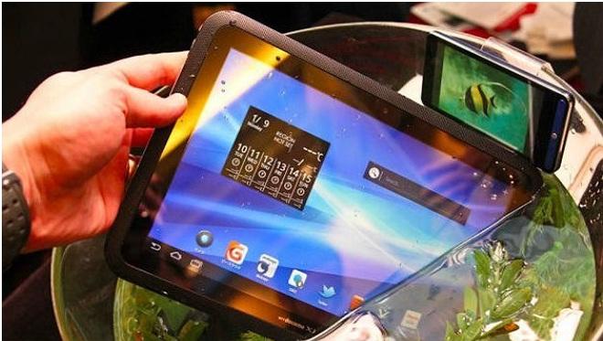 Fujitsu do të ndërtojë tabletin Windows 8 kundër ujit
