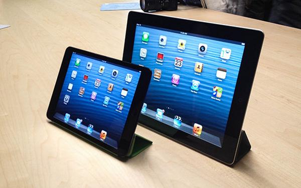 iPad Mini 2 me Retina Display në projektim e sipër