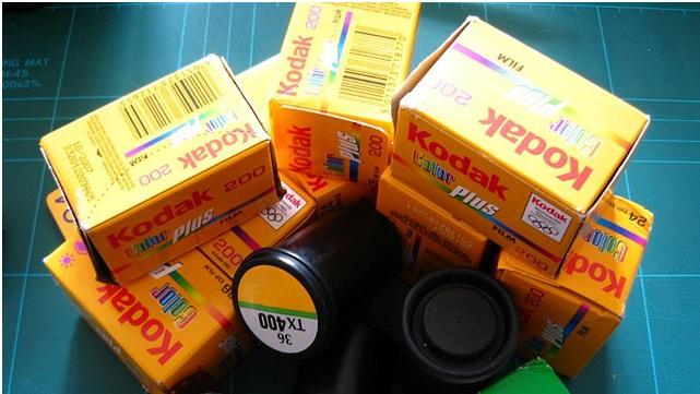 Bloomberg: Apple dhe Google po bashkëpunojnë për të blerë patentat e Kodak