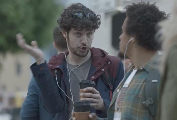 Reklama më e mirë teknologjike: Samsung përqesh Apple