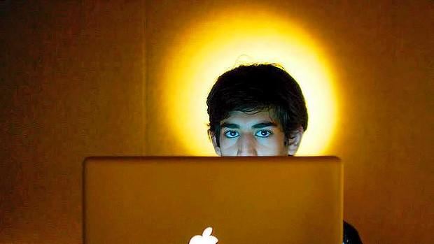 Anonymous sulmon MIT-në pas vetëvrasjes së Aaron Swartz