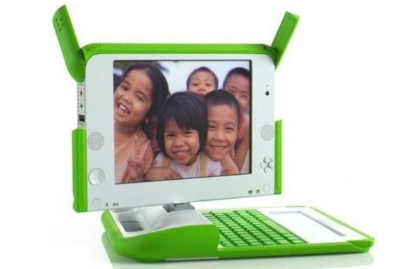 Pse laptopët OLPC kanë ngjyrë të bardhë dhe të gjelbër