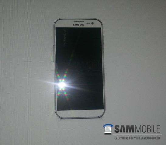 Pajisja Samsung Galaxy S4: Rrjedh fotografia e parë zyrtare
