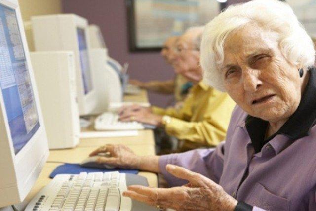 Ja pse Facebook-u i ka inat njerëzit e moshuar