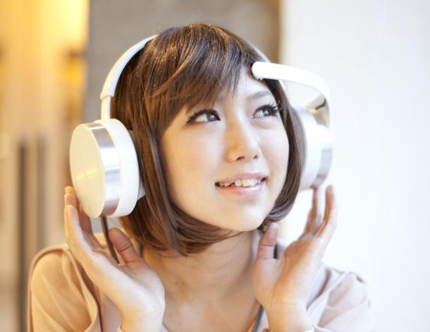 Kufjet që lexojnë mendjen dhe përzgjedhin muzikën sipas gjendjes emocionale të përdoruesit