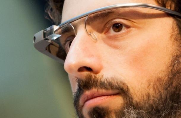 Google lëshon videon e plotë që shpjegon për syzet Google Glass