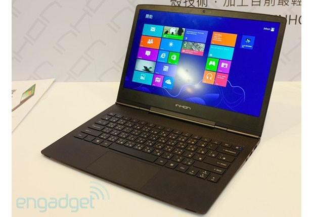 Laptopi më i hollë Windows 8 vjen nga Inhon
