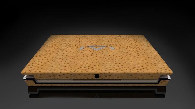 Një laptop luksoz me çmim 1 milion $