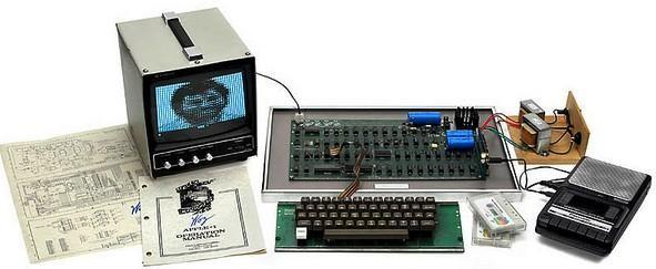 Shitet në ankand kompjuteri i parë Apple për shumën rekord 671 400 $