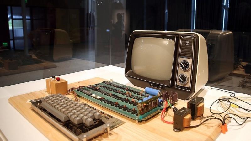 Shitet kompjuteri Apple 1 për rreth 400 000 $