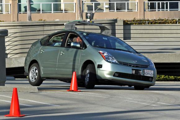 Fillojnë këtë vit testimet për makinat e para pa shoferë në Mbretërinë e Bashkuar