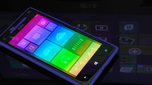 Telefonë që kuptojnë gjendjen tuaj emocionale: po i ndërton Microsoft-i
