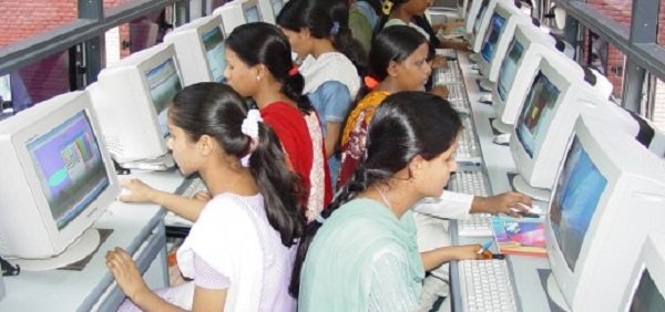 India tejkalon Japoninë, bëhet vendi i tretë në botë me numrin e përdoruesve në internet