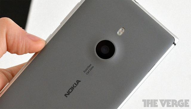 """Nokia """"sfidon"""" aftësitë e iPhone për fotografi"""