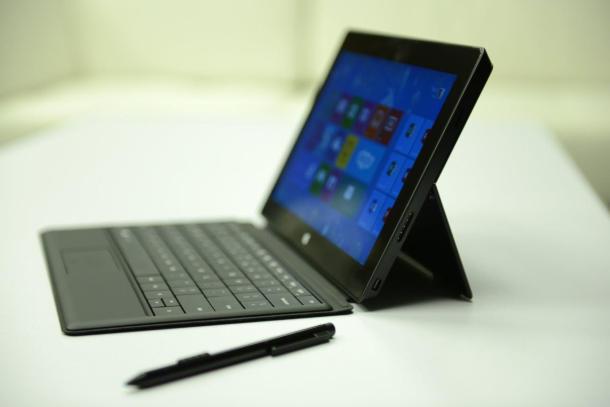 Microsoft ul çmimet e Surface Pro me 100 dollarë