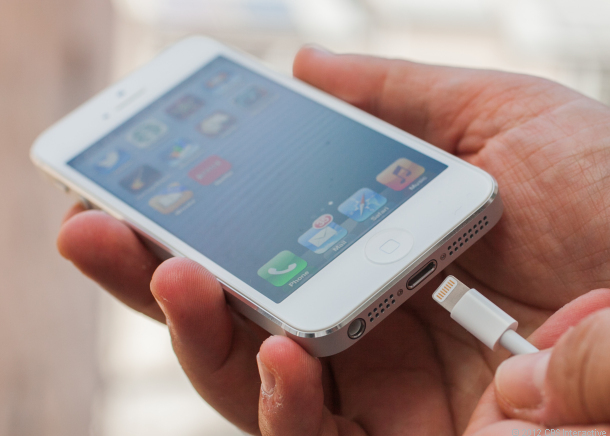Bashkimi Eurpian po kërkon krijimin e një karikuesi të përbashkët për çdo telefon