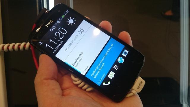 Prezantohen në Berlin pajisjet HTC One me ngjyrë blu dhe HTC Desire 500