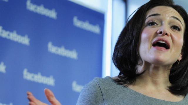 Facebook me dy ndërfaqe të reja aplikacionesh, në përpjekje për ti ngjarë Twitter-it