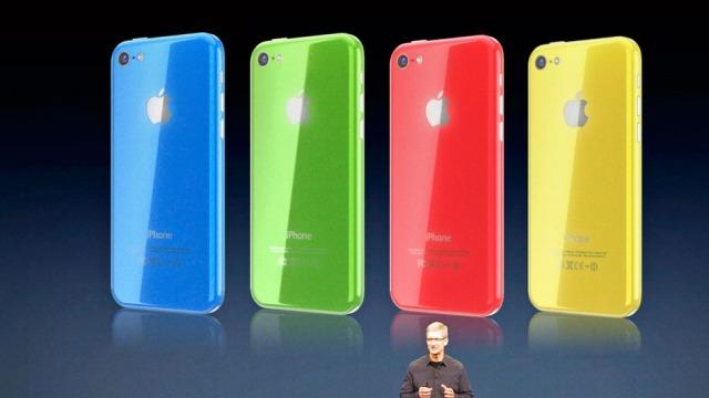 Tim Cook: iPhone 5C nuk është projektuar kurrë për të qenë celular për fillestarët