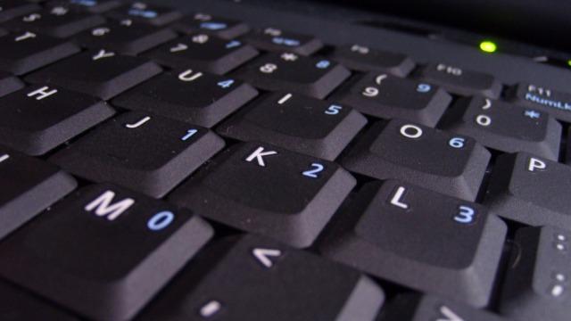 Gartner: Ulen dërgesat për shitje të PC-ve, rriten me 53 % për tabletët