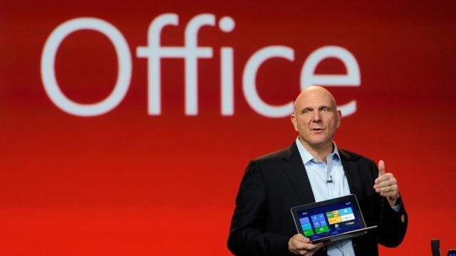 Steve Ballmer: Microsoft po punon për lançimin e paketës Office për iPad
