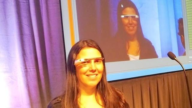 Jepet gjoba e parë në botë për drejtimin e makinës me syzet Google Glass