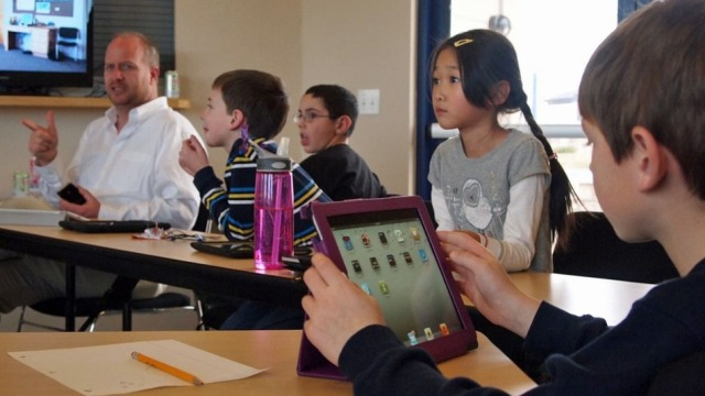 iPad-i, mbreti i arsimit: Përdoret në 94% të sektorit