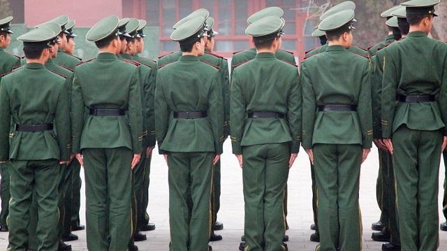 Kina ka më tepër monitorues në internet se sa ushtarë