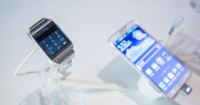 Samsung: Kemi shitur 800 000 orë inteligjente Galaxy Gear brenda dy muajsh