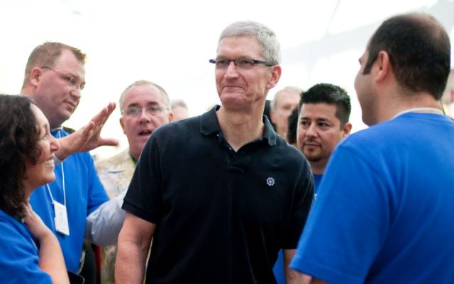 Tim Cook: Apple, plane të mëdha për vitin 2014