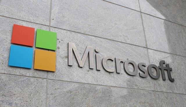 """Microsoft ofron """"depo"""" të të dhënave jashtë SHBA-së si reagim ndaj NSA-së"""
