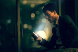 Kontrollimi i e-mail-it gjatë darkës ju ul produktivitetin për ditën tjetër