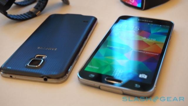 Samsung Galaxy S5 testohet me disa aplikacione (Video)