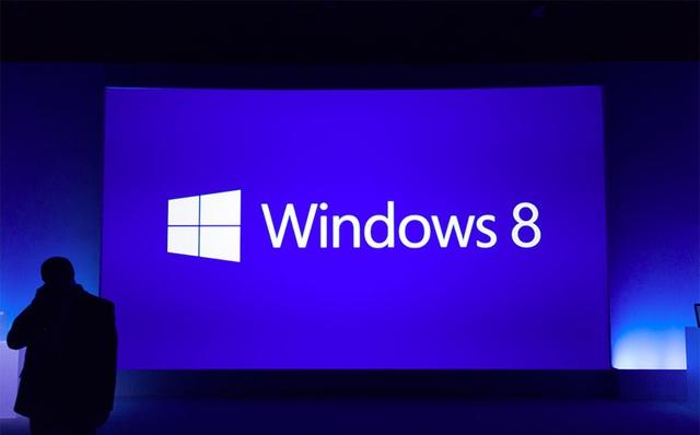 Bloomberg: Microsoft vendos uljen e çmimit të licencës së Windows me 70 %