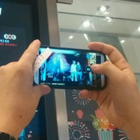 Heres-the-All-New-HTC-OneM8-in-action