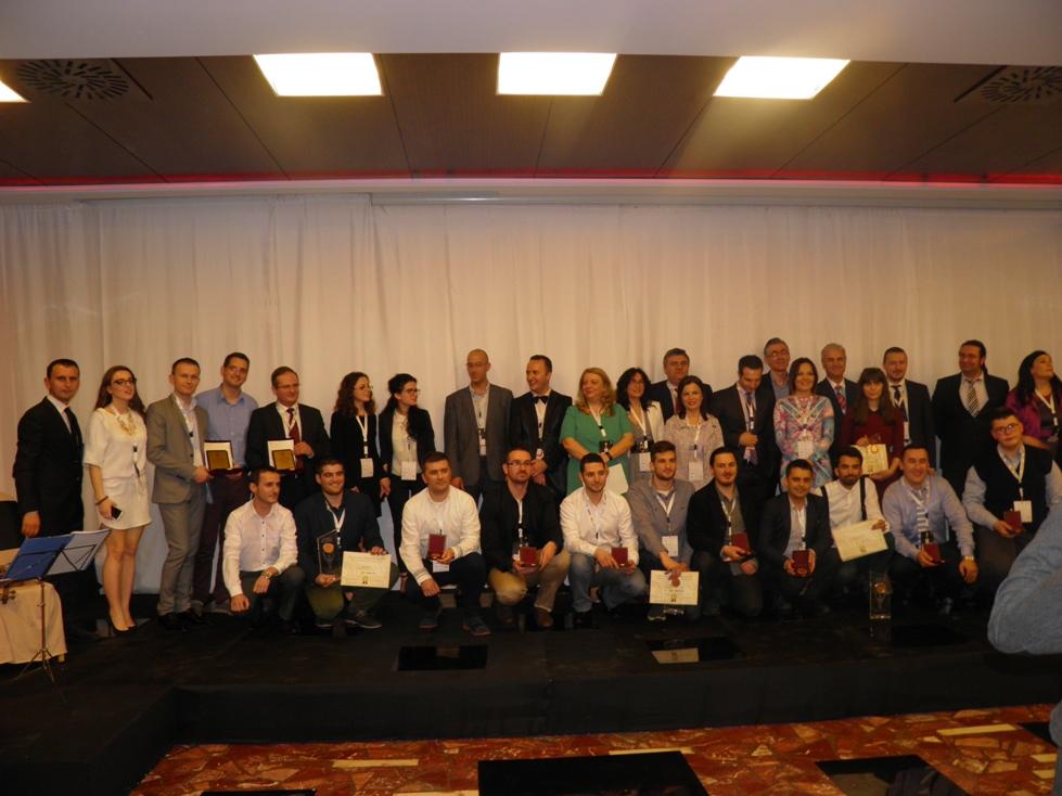 "Mbyllet me sukses ""Albanian ICT Awards II"", shpallen fituesit"