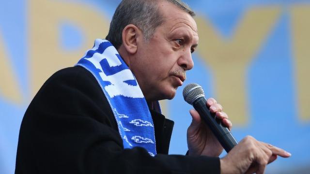 Turqia zhbllokon aksesin në Twitter