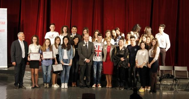"""""""Projekti Qytetar Kundër Korrupsionit"""", nxënësit sjellin ide kreative për luftën ndaj këtij fenomeni"""